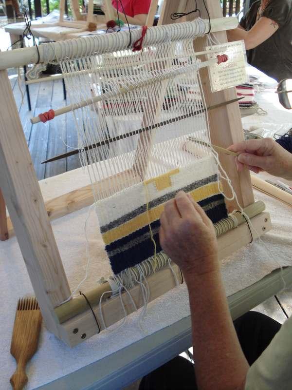 Weaving 016